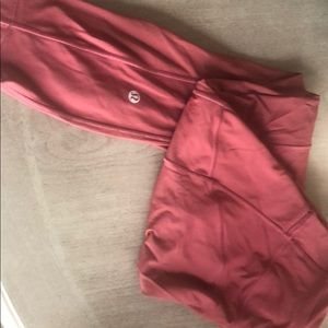Lulu Lemon size 6 red workout pants